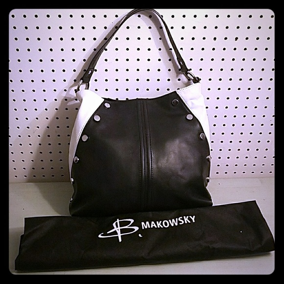 b. makowsky Handbags - B MAKOWSKY LEATHER BLACK AND WHITE PURSE